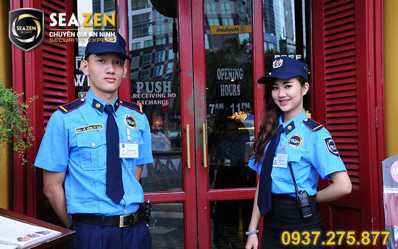 Nhân viên bảo vệ có tác phong chuyên nghiệp, thân thiện và tôn trọng khách hàng