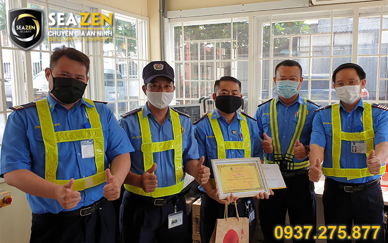 Công ty SeaZen luôn quan tâm tới nhân viên và có chế độ khen thưởng hấp dẫn